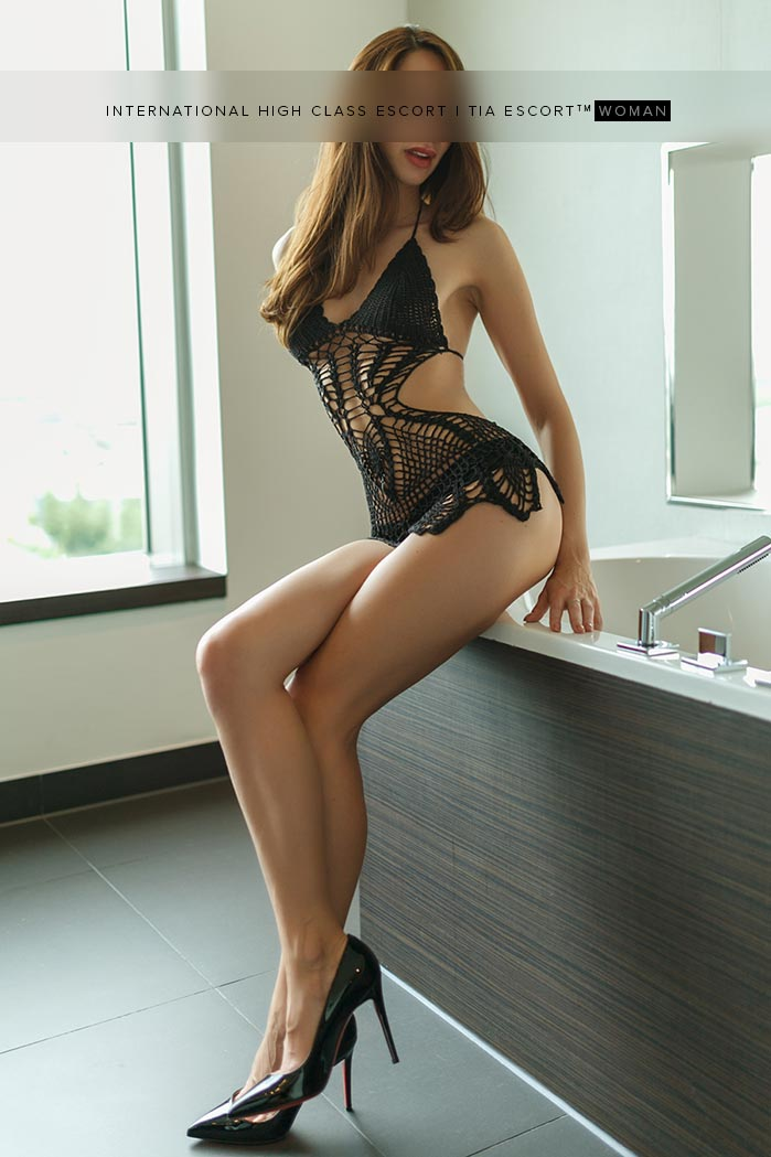 High Class Escort Model Düsseldorf - Amal