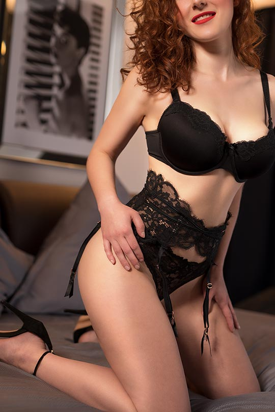 Big natural breasts - Escort Norah from Wolfsburg Hannover