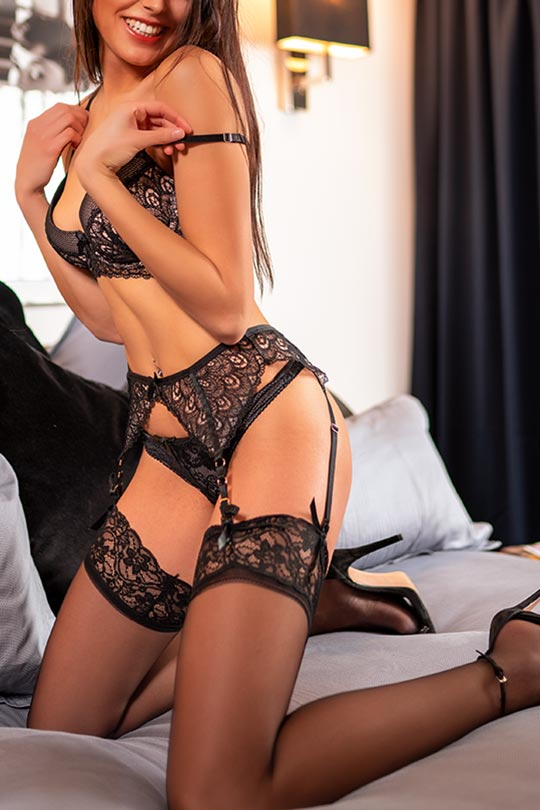 Luxus Escort Koeln - Charly